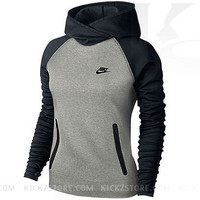 Nike Women's Tech Fleece Funnel Hoodie - Grey Heather/Black