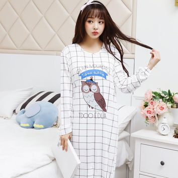 Long Sleeve  in spring and autumn women 's cartoon loose large size can be worn in the long skirt