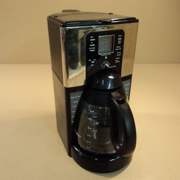 Mr Coffee Sunbeam 12 Cup Programmable Coffee Maker G Black/Silver FTX41CP -- Used