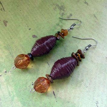 Chocolate brown paper bead dangle earrings // Faceted and chip stone beads // Lightweight dangle earrings