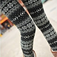 Women Fashion Snow Snowflake Pattern Footless Pantyhose Legging Tight Pant