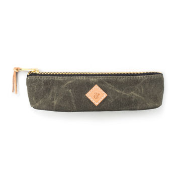 SMALL WAXED CANVAS POUCH (ARMY)