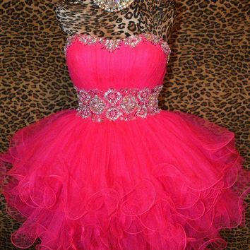 Sweetheart Mini Red prom dress / homecoming dress