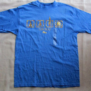 13-0731 Vintage 1990s Old Stock Blue T Shirt / Chicago Souvenir T Shirt / Chicago Illinois / Blue T Shirt