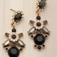 Falling for You Earrings- Black