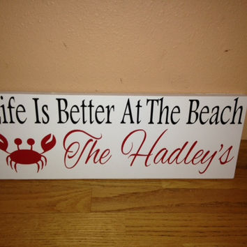 Personalized Wooden Beach house Sign Crab