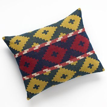 Chaps Home Casablanca Klim Rug Decorative Pillow