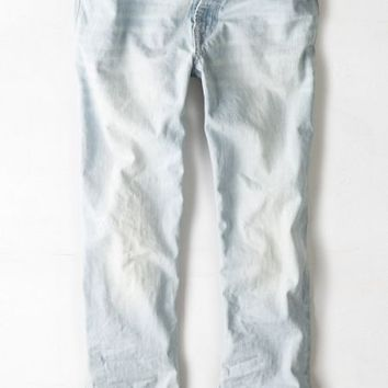 AEO Men's Relaxed Straight Jean (Light Super Bleach)