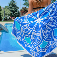 Sandy Toes Round Towel
