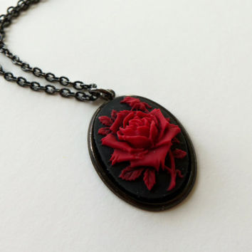 Rose Cameo Necklace - Black Cameo - Red Rose Necklace - Gothic Jewelry - Dark Jewelry - Black Jewlery - Red Jewelry