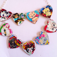 Kitsch vintage  cats large 9 heart wood necklace