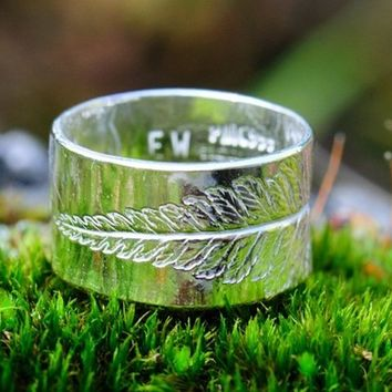 Fern ring silver with leaf imprint. Made to by SilverBlueberry