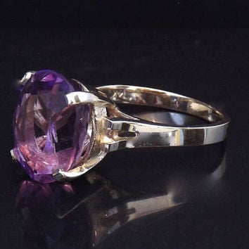Vintage Amethyst Solitaire 4 Carat Ring - 14K Yellow Gold