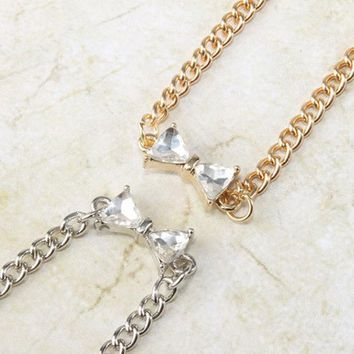PEAPUNT Her Highness Bow Short Necklace