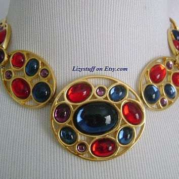 Stunning Couture NAPIER Oval & Round Shaped Multi-Color Blue Red Purple Gripoix Glass Cabochon Gold Tone Chain Panel Fancy Necklace 110.5g