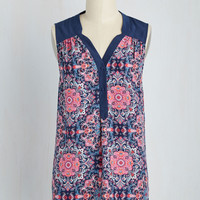 Girl About Easton Tunic in Kaleidoscopic | Mod Retro Vintage Short Sleeve Shirts | ModCloth.com