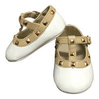 Baby Sarahi Mary Janes Rockstuds Crib Shoes In White