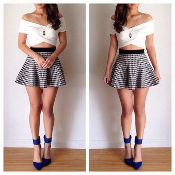 Strapless Wrap Bodycon Cropped Top with Houndstooth A-Line Mini Skater Skirt Set