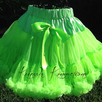 Pettiskirt - Tutu - Petticoat - baby tutu- Skirt - Kids - Petti skirt - lime green pettiSkirt - Photo Prop -Baby pettiskirt