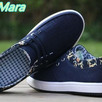 new Men Casual Canvas Shoes for outing size 789