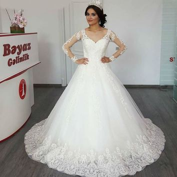 Long Sleeve Embroidery Beads Vintage Wedding Dress Ball Gown Illusion Bride Dress Wedding Gown