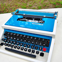 Working Typewriter - Underwood 315 Olivetti Spain Manual Portable - Teal Blue Aqua Turqoise and White with Black Case and  Ink Ribbon