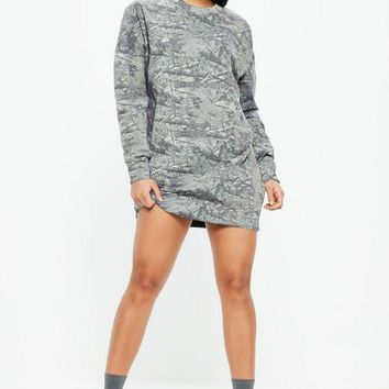 Missguided - Green Camo Print Long Sleeve Oversized Sweater Dress