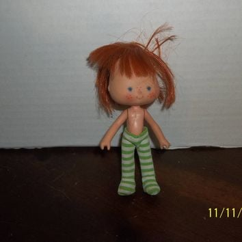 "vintage 1980's strawberry shortcake doll curved hands 5 1/4"" tall #2"