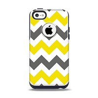 The Gray & Yellow Chevron Pattern Apple iPhone 5c Otterbox Commuter Case Skin Set