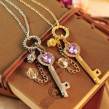 Fashion Women Gold/Silver Love Heart Key Pendant Long Chain Necklace Jewelry = 1706404292