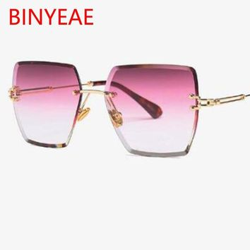 2018 New Large Frame red Gradient Sun glasses Fashion square rimless sunglasses retro vintage luxury clear lens glasses UV400