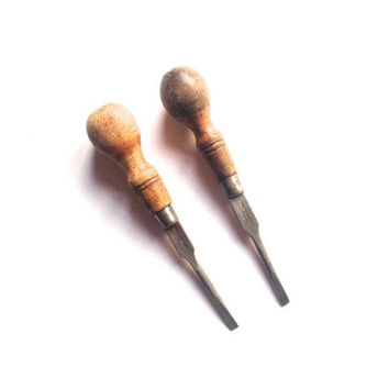 Antique wooden screwdrivers, cabinet maker, toolshed, tools, vintage, flathead screwdriver, pair of 2, wooden handles, industrial tools