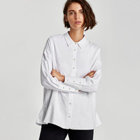 OVERSIZED SHIRT WITH FAUX PEARL BUTTON DETAILS