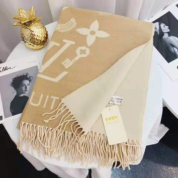 LV 2018 winter new women's cashmere warm shawl scarf