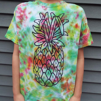 Funky Pineapple T-Shirt, Adult Large Tie Dye Tee with Hand-drawn Pineapple Design, Pineapple Shirt, Fruit Shirt, Luau Shirt, Hawaiian Party