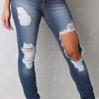 Distress Me Out Jeans