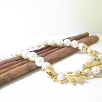 Costume Pearl Necklace - Vintage Signed Napier Costume Pearl and Gold Tone Necklace
