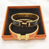 Hermes Fashion Women Men Delicate Black Enamel Wide Clic-Clac H Couple Bracelet I