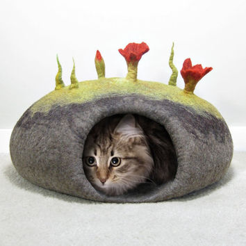 Felted Cat Bed / Cat Cave Pattern. Instant PDF Download. Wet Felting Technique.