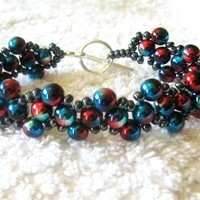 Acrylic pearls beaded bracelet red and blue by BeadingWonders