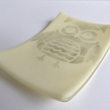French Vanilla Fused Glass Owl Plate