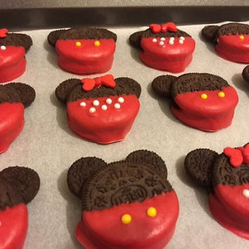 Mickey or Minnie Mouse Oreo Cookies