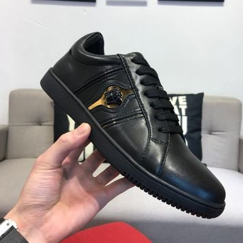 Versaces Men Fashion Boots  fashionable casual leather  Breathable Sneakers Running Shoes Sneakers