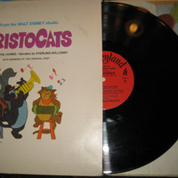 Vintage 1970 Walt Disney's The Aristocats Story and Songs Record - Num. 3995