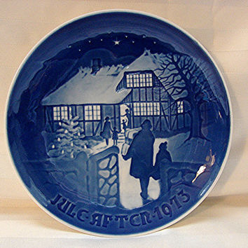 1970s Bing and Grondahl Plate Christmas 1973 Blue and White Plate