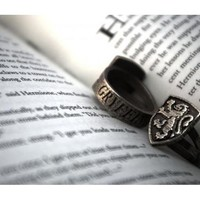 Harry Potter Gryffindor Crest Ring