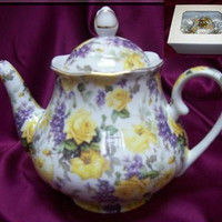 Yellow Roses and Lilacs Chintz 33 oz. Teapot Satin Lined Gift Box!