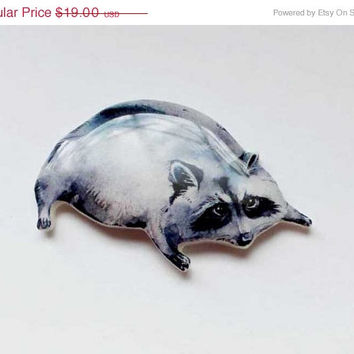 CHRISTMAS SALE Free shipping Racoon brooch, racoon jewelry, Animal brooch clay racoon , gifts under 25, Black friday, Ciber Monday (0009)