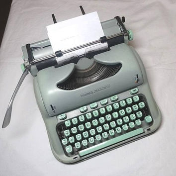 1960s Hermes 3000 Portable Manual Typewriter with Aluminum Case, Manual, Brushes, Made in Switzerland, Working Condition, Office Typewriter
