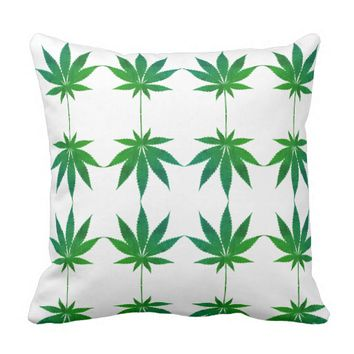 Super Green Leaves Pattern Throw Pillow / Cushion